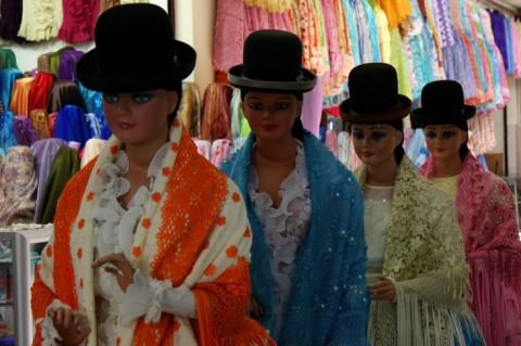 Cholita-mannequins