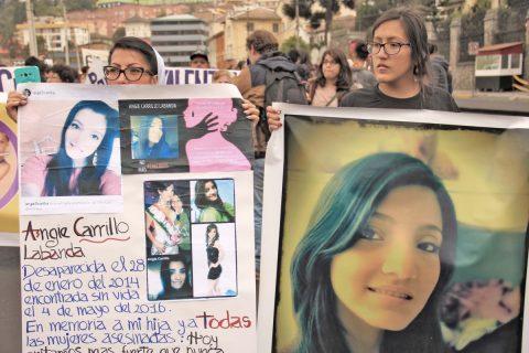Yadira Labanda lucha por la memoria de su hija asesinada, Angie Carrillo.