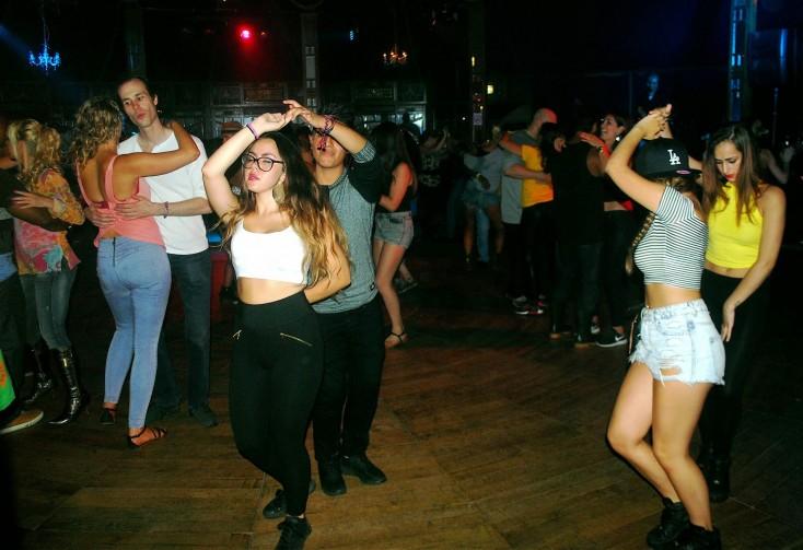 ... 2014: dansen, dansen, dansen, flirten, eten en dansen - conSentido