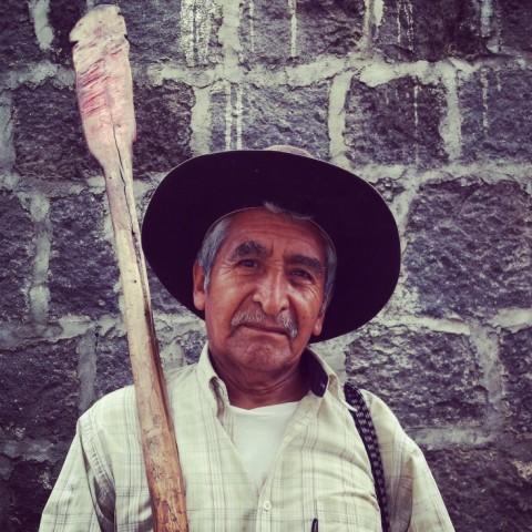 Visser Meer van Atitlán _ Gabor Marges Pure Latin America - conSentido